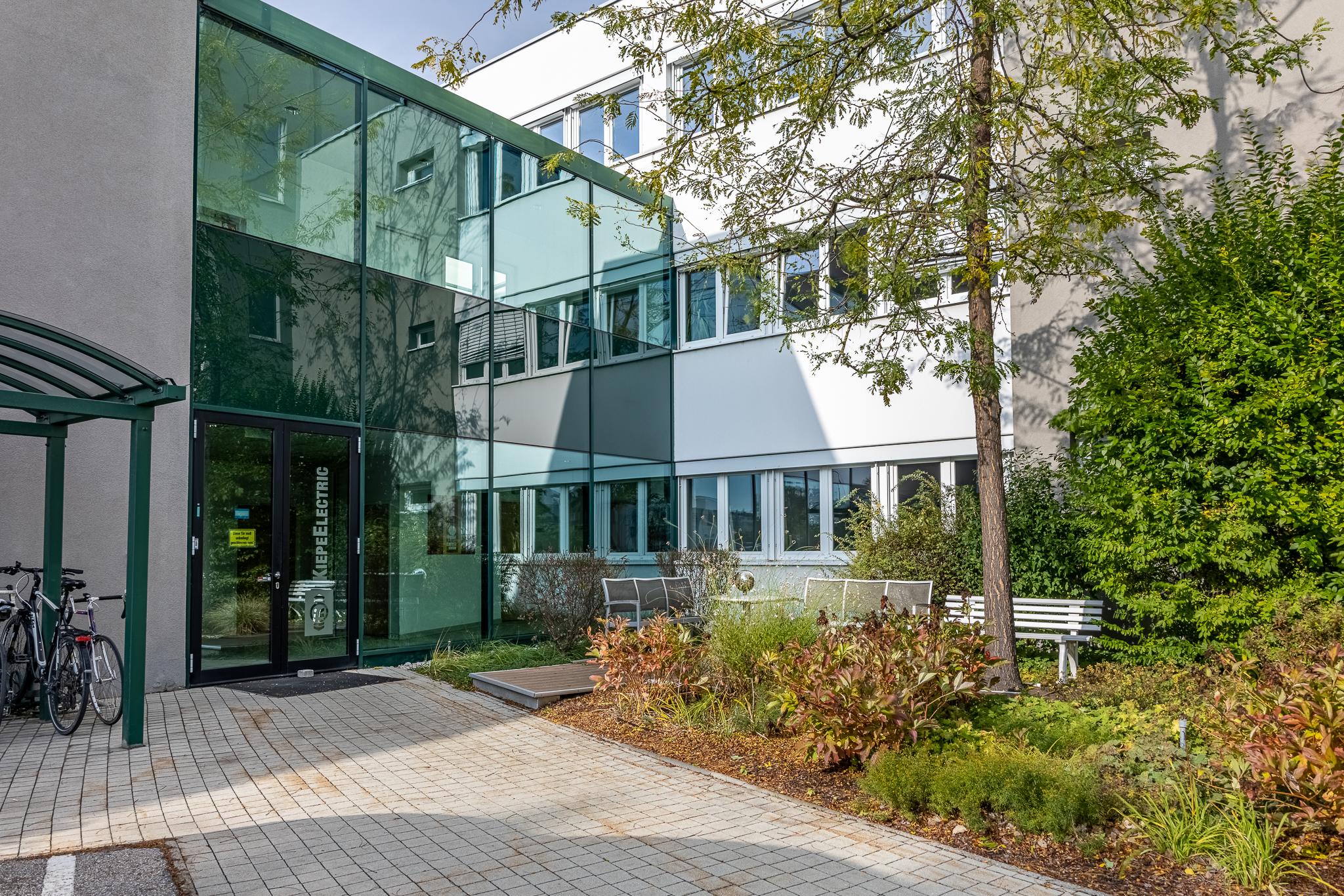 Modesta Real Estate vermarktet Betriebsliegenschaft im Auftrag  von Kiepe Electric in 1210 Wien
